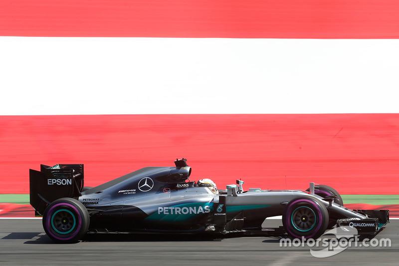 2016: Lewis Hamilton, Mercedes F1 W06 Hybrid