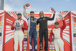 Coppa Shell podium: winner Matt Keegan, second place Karl Williams, third place Joe Courtney