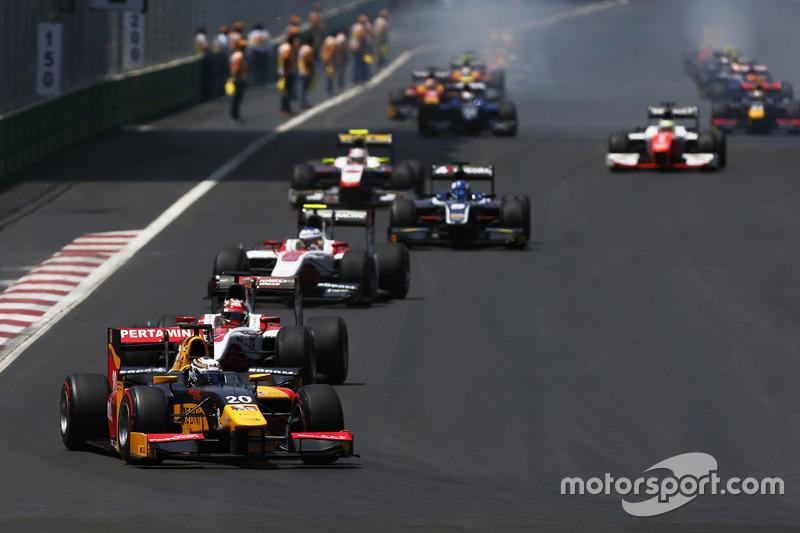 Antonio Giovinazzi, PREMA Racing en la vuelta de calentamiento