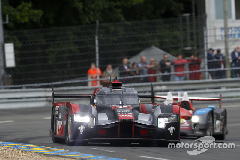 5: #7 Audi Sport Team Joest Audi R18: Marcel Fassler, Andre Lotterer, Benoit Tréluyer