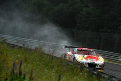 #30 Frikadelli Racing Team Porsche GT3 R: Norbert Siedler, Patrick Huisman, Sabine Schmitz