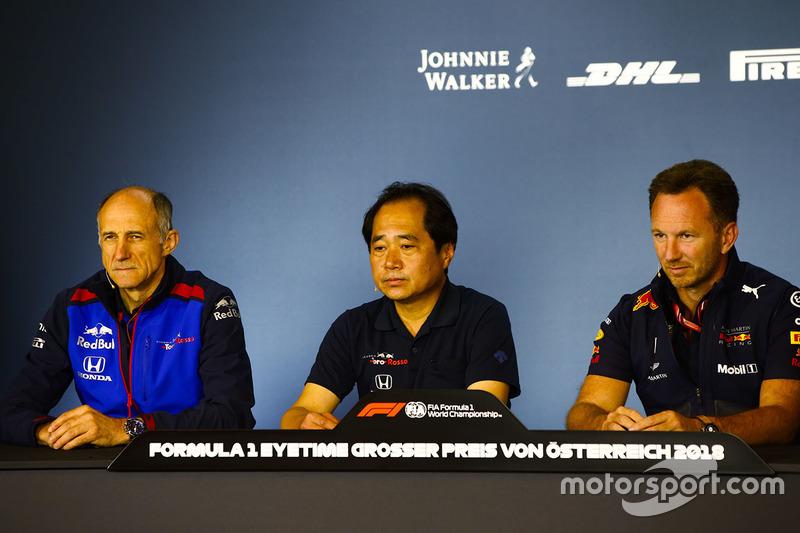 Керівник Scuderia Toro Rosso Франц Тост, технічний директор Honda F1 Тойохару Танабе, керівник Red Bull Racing Крістіан Хорнер