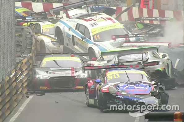 Le crash au départ de Macao