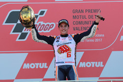 MotoGP 2017 Motogp-valencia-gp-2017-worldchampion-marc-marquez-repsol-honda-team-celebrate