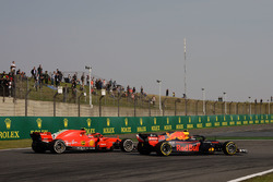 Max Verstappen, Red Bull Racing RB14 and Kimi Raikkonen, Ferrari SF71H battle