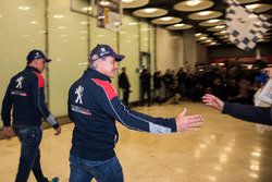 Carlos Sainz, Lucas Cruz, Peugeot Sport arrive at the airport