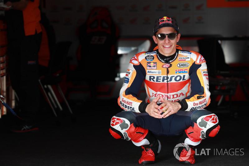 """<img src=""""http://cdn-1.motorsport.com/static/custom/car-thumbs/MOTOGP_2018/NUMBERS/marquez.png"""" width=""""50"""" />Marc Márquez (Repsol Honda Team)"""