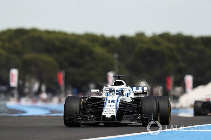 Stroll suffers from a tyre blowout
