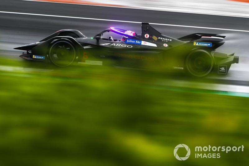 Макс Гюнтер, Dragon Racing, Penske EV-3 з підсвіченою системою Halo