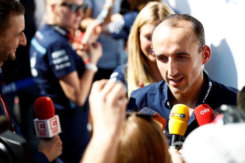 Robert Kubica, Williams Racing, parle à la presse