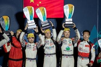 Podio LMP2: #37 Jackie Chan DC Racing Oreca 07: David Heinemeier Hansson, Jordan King, Will Stevens