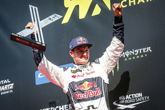 Podium: second place Andreas Bakkerud, EKS Audi Sport