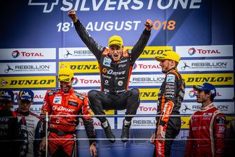 Podium: Race winner #26 G-Drive Racing Oreca 07 - Gibson: Roman Rusinov, Andrea Pizzitola, Jean-Eric Vergne