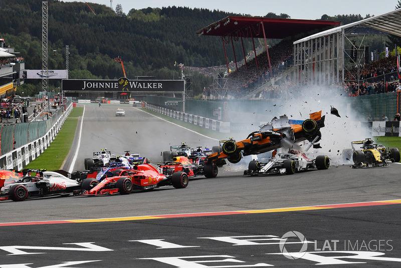 Kecelakaan tikungan pertama GP Belgia