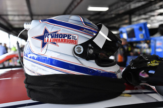 Brandon Jones, Joe Gibbs Racing, Toyota Camry Hope for the Warriors helmet