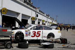 The car of David Gilliland, Front Row Motorsports Ford