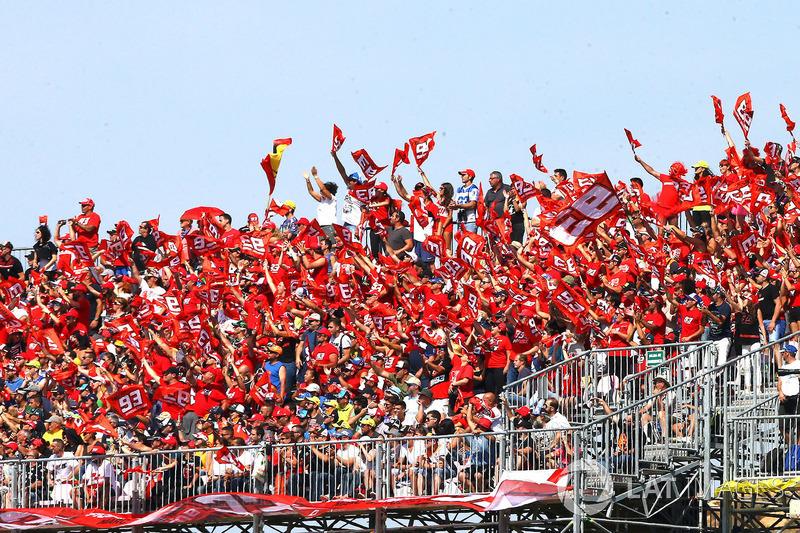 Fans de Márquez en Aragón