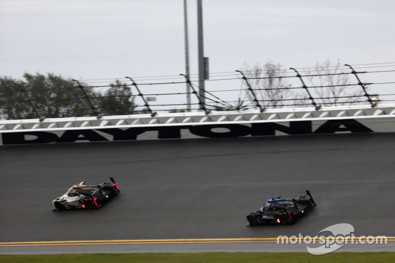#5 Action Express Racing Cadillac DPi: Joao Barbosa, Christian Fittipaldi, Filipe Albuquerque; #10 W
