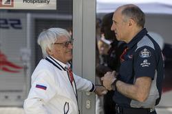 Берни Экклстоун и руководитель Scuderia Toro Rosso Франц Тост