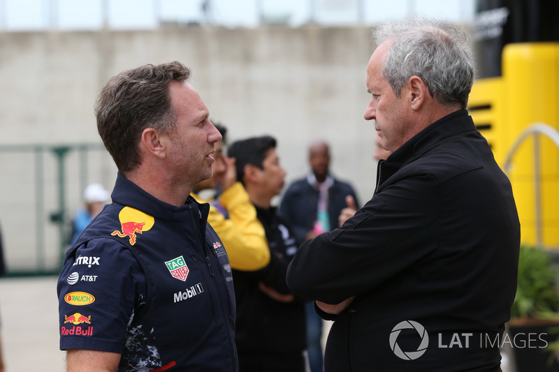 Керівник Red Bull Racing Крістіан Хорнер, директор Renault Sport F1 Жером Столль