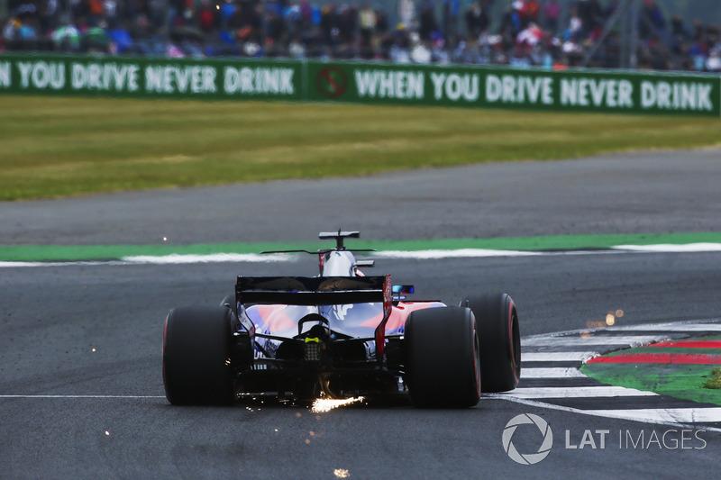 Funkenflug: Daniil Kvyat, Scuderia Toro Rosso STR12