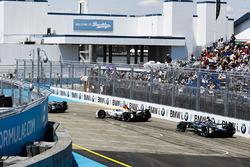 Loic Duval, Dragon Racing, Adam Carroll, Jaguar Racing
