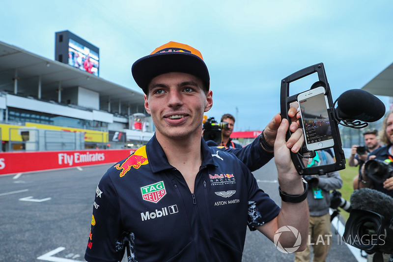 Макс Ферстаппен, Red Bull Racing and camera