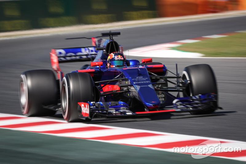 18. Daniil Kvyat, Scuderia Toro Rosso STR12