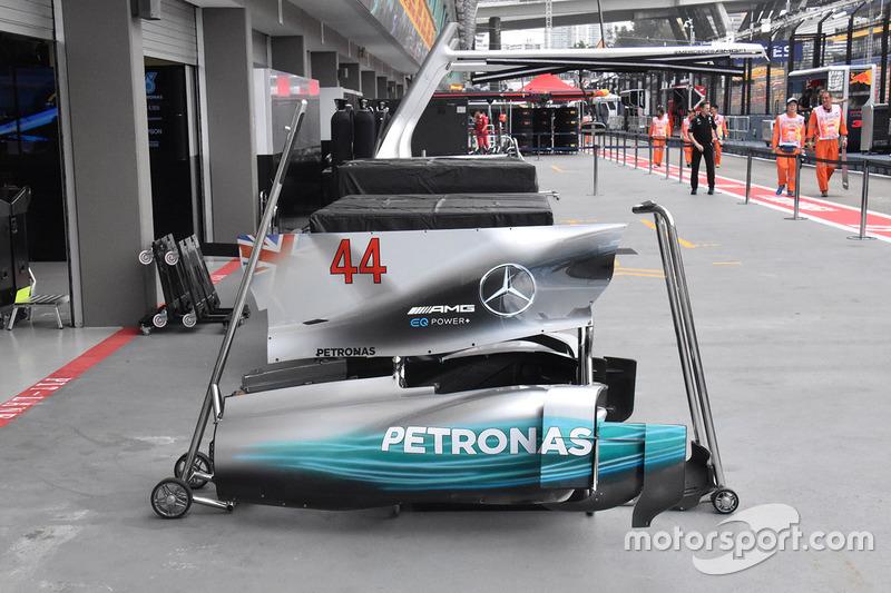 Lewis Hamilton, Mercedes AMG F1 W08 bodywork detail