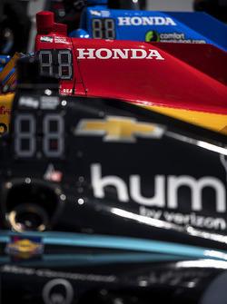Josef Newgarden, Team Penske Chevrolet, Ryan Hunter-Reay, Andretti Autosport Honda,