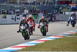 Jonathan Rea, Kawasaki Racing Team, Tom Sykes, Kawasaki Racing Team y Chaz Davies, Aruba.it Racing -