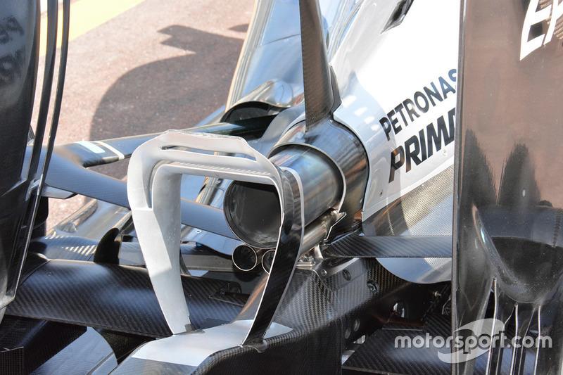 Mercedes W07 Hybrid: il Monkey seat visto da dietro