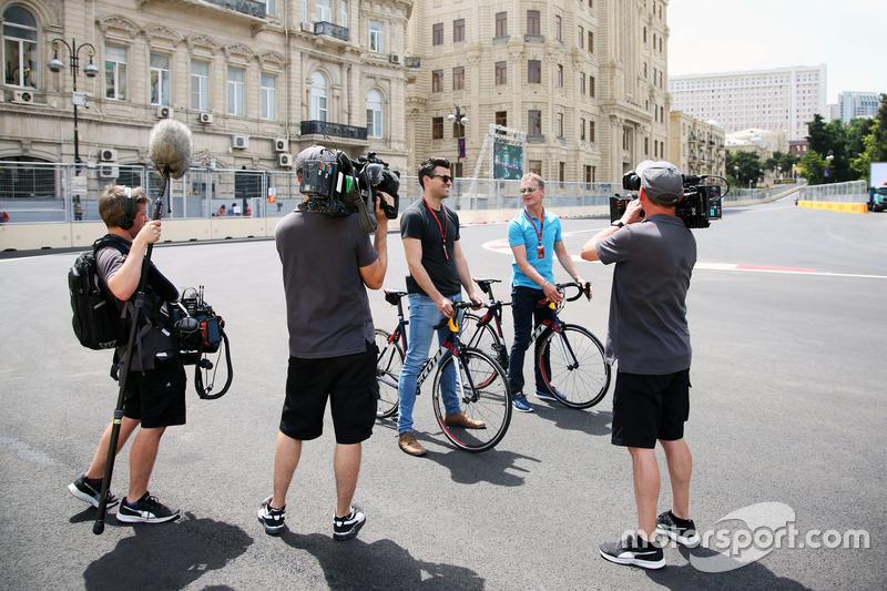 Steve Jones, Channel 4 F1 con David Coulthard, Red Bull Racing y Scuderia Toro / Channel 4 F1 Commentator