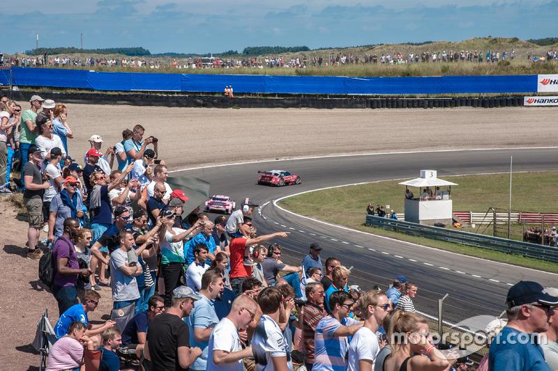 Spectators, dunes, Miguel Molina, Audi Sport Team Abt Sportsline, Audi RS 5 DTM