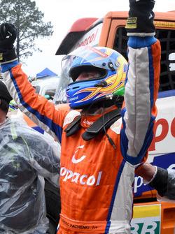 Festa a vitória de Diogo Pachenki depois de 37 corridas na Fórmula Truck