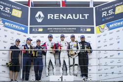 Podium: race winners #2 R-ace GP Racing Renault RS01: Raoul Owens, Fredrik Blomstedt, second place #21 Equipe Verschuur Renault RS01: Pieter Schothorst, Jeroen Schothorst, third place #16 Team Duqueine Renault RS01: Robert Kubica, Christophe Hamon