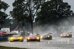 #3 Corvette Racing Chevrolet Corvette C7.R: Antonio Garcia, Jan Magnussen, Mike Rockenfeller, #62 Risi Competizione Ferrari F488: Davide Rigon, Toni Vilander, Giancarlo Fisichella