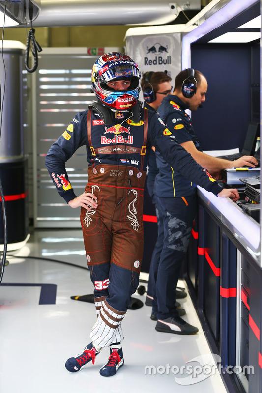 Max Verstappen, Red Bull Racing, özel tasarım tulum