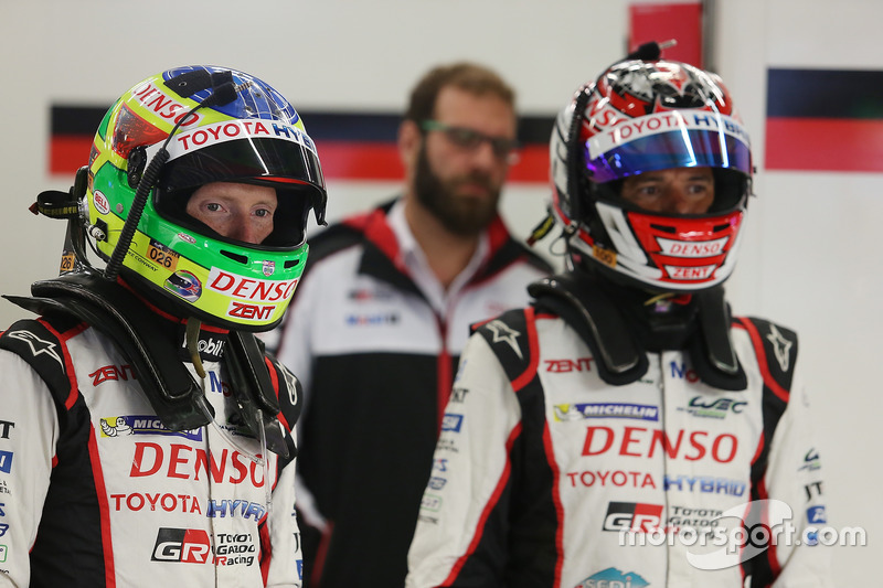 Mike Conway, Stephane Sarrazin, Toyota Racing