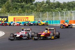 Battle between Sergey Sirotkin,ART Grand Prix with Jordan King,Racing Engineering