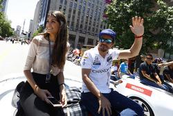 Фернандо Алонсо, Andretti Autosport Honda, зі своєю дівчиною Ліндою Морселлі