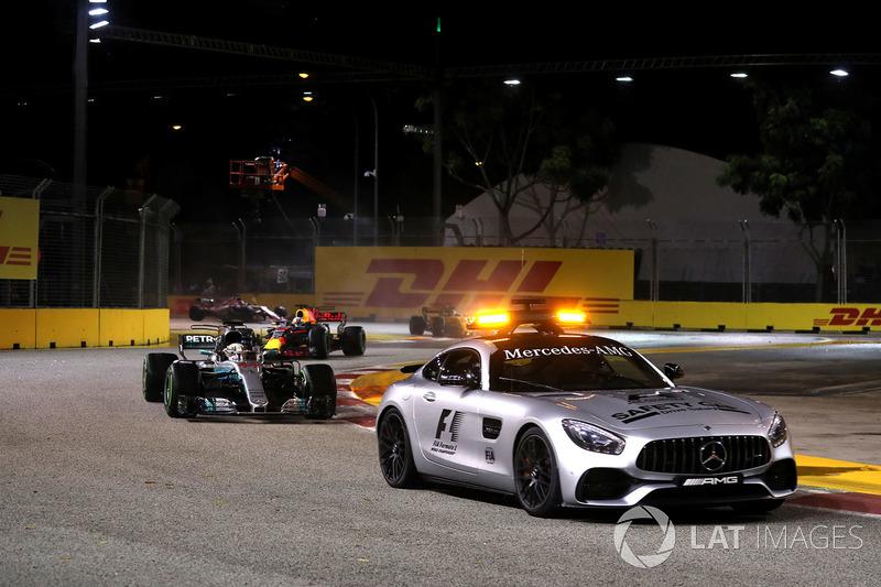 Güvenlik aracı ve Lewis Hamilton, Mercedes AMG F1 W08