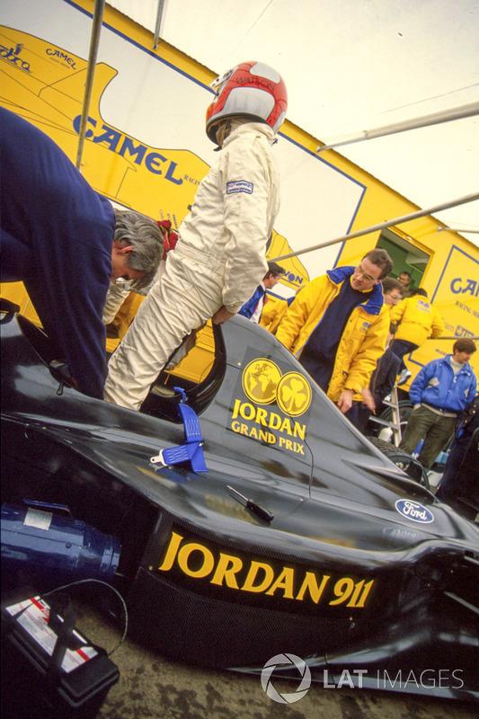 Джон Вотсон випробував Jordan 911, але пізніше змінився на 191