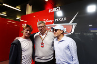 Ross Brawn, Managing Director del Motorsport, FOM, nel garage promozionale di Cars 3, Woody Harrelson