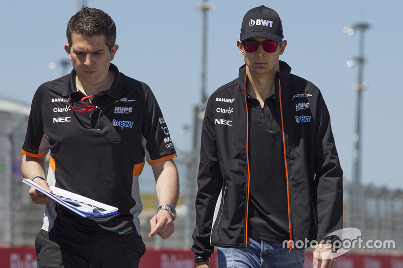 Esteban Ocon, Sahara Force India F1 walks the track