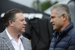 Zak Brown, McLaren CEO, Gil de Ferran