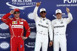 Polesitter Lewis Hamilton, Mercedes AMG F1, 2. Valtteri Bottas, Mercedes AMG F1, third place Kimi Raikkonen, Ferrari