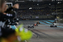 Race winner Lewis Hamilton, Mercedes AMG F1 W07 Hybrid crosses the finish line at the end of the race with second placed World Champion Nico Rosberg, Mercedes AMG F1 W07 Hybrid