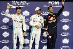 Polesitter Lewis Hamilton, Mercedes AMG F1, second position Nico Rosberg, Mercedes AMG F1, third position Daniel Ricciardo, Red Bull Racing