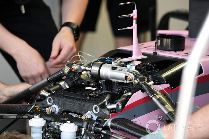 Force India VJM10: Vorderradaufhängung